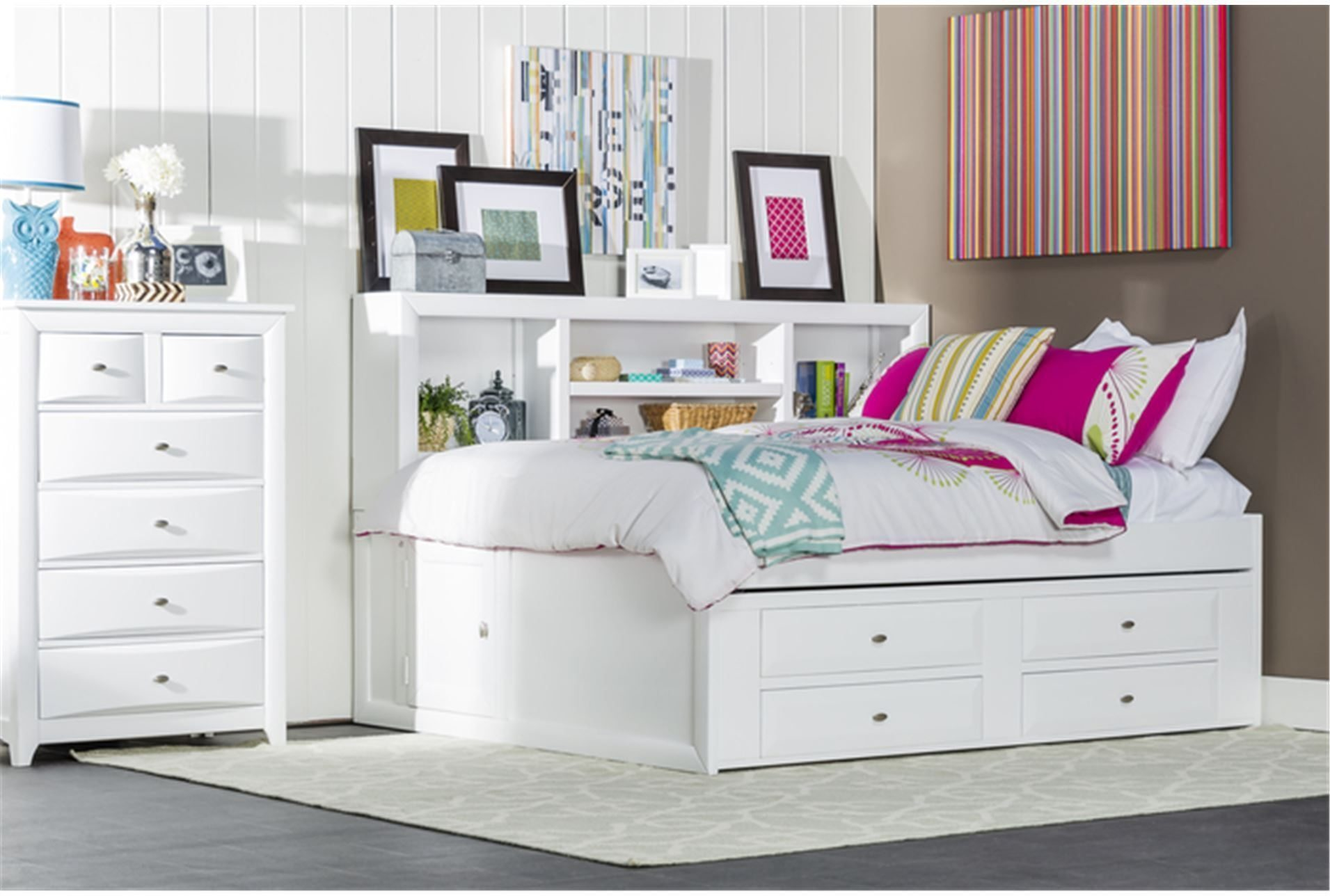 Picture of: Trundle Bed With Storage Homifind