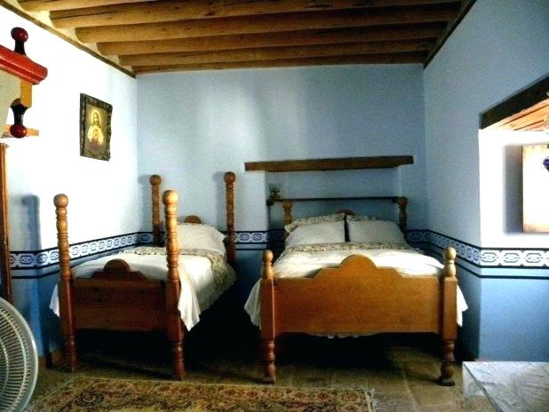Twin Bed Ideas Small Rooms Two Beds Room Bedroom Homifind
